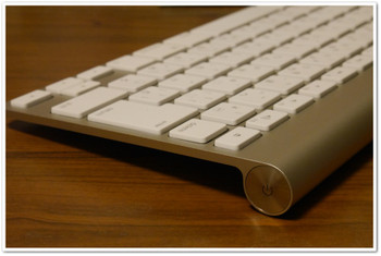 Applewirelesskeyboard_side